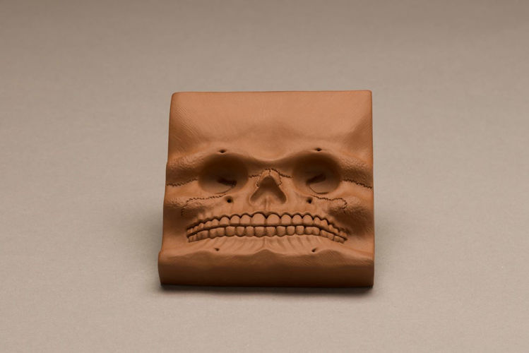 Picture of Skull Tile