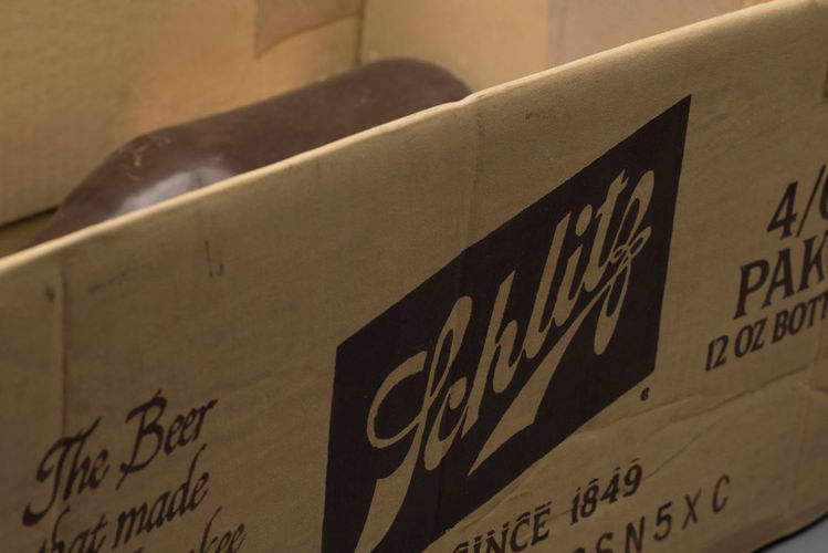 Picture of Schlitz Box