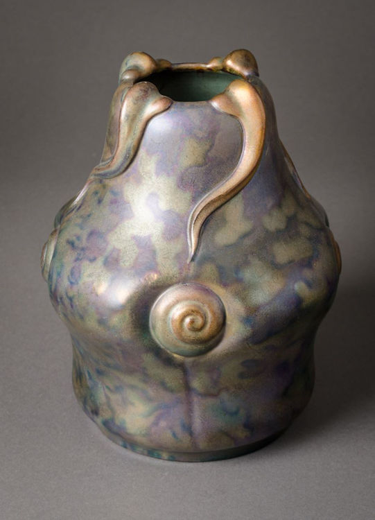 Picture of Vase with Snails