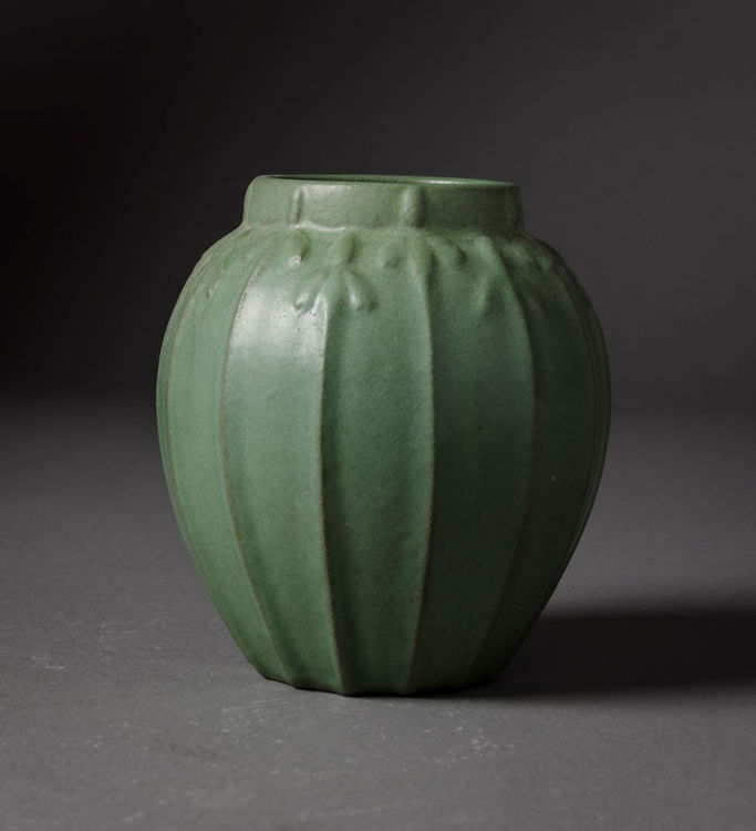 Picture of Vase in Matte Green